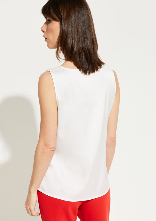 Satin top with a V-neckline from comma