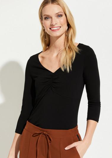 Jerseyshirt mit dekorativen Raffungen