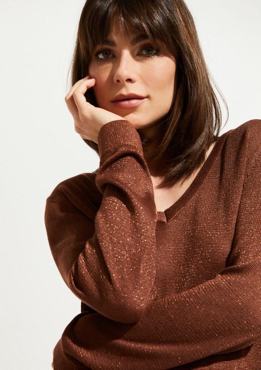 Fine knit jumper interwoven with glitter yarn from comma