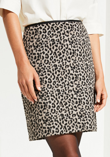 Jupe courte à motif léopard de Comma