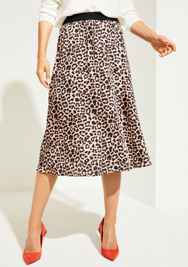 Satin skirt in an extravagant leopard print look from comma