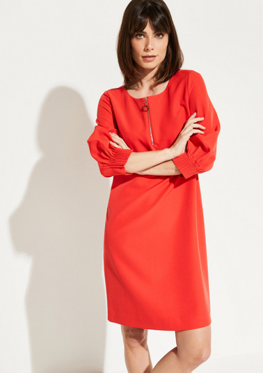 Casual dress with smart details from comma