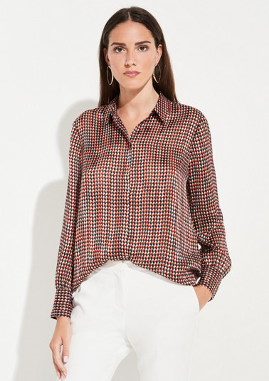 Business blouse with an elegant minimalist pattern from comma