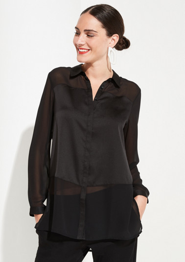 Elegant blouse in a sophisticated mix of materials from comma