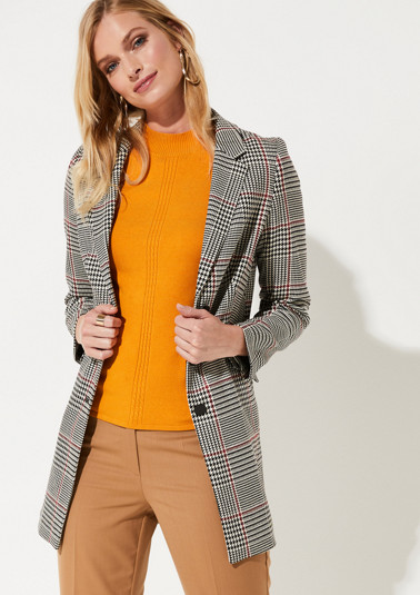 Long blazer with a classic Prince of Wales check pattern from comma