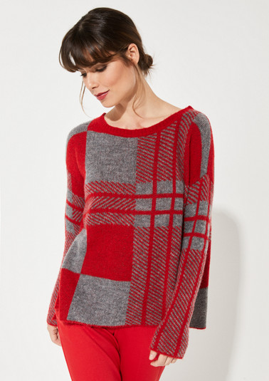 Knitted jumper with a decorative all-over pattern from comma
