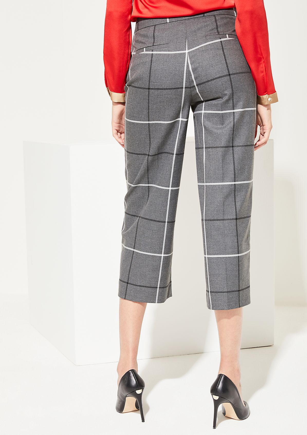 7/8-length trousers with a check pattern from comma