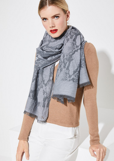 Scarf with a jacquard pattern in a snakeskin look from comma