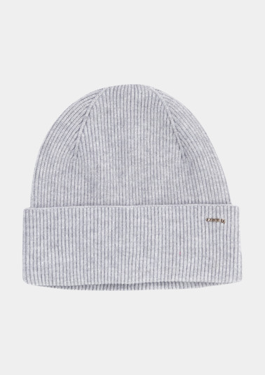 Knit hat with a ribbed finish from comma