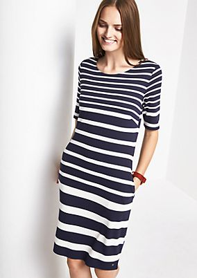 Elegant evening dress with short sleeves from comma