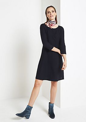 3/4-sleeve knit dress with a textured pattern from comma