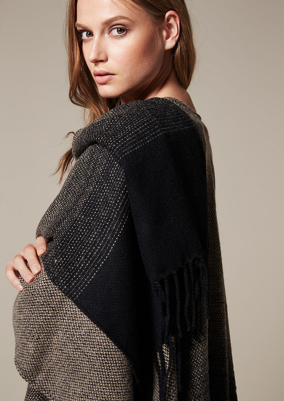 Weicher Strickponcho in Tweed-Optik