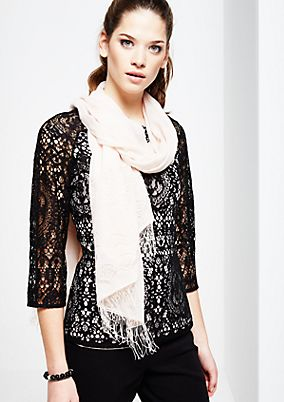 Delicate scarf with decorative fringing from s.Oliver