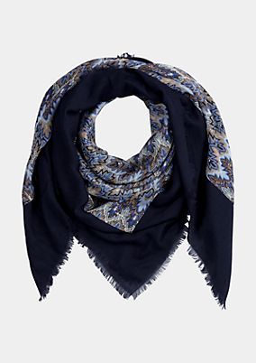 Extravagant scarf with a beautiful pattern from s.Oliver