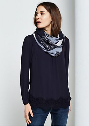 Soft snood with a sophisticated pattern mix from s.Oliver