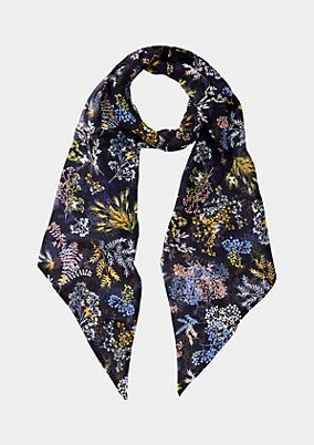 Thin chiffon scarf covered in a floral pattern from comma