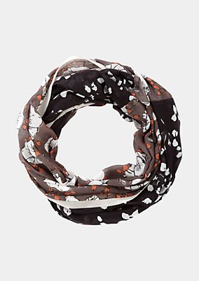 Scarf from comma