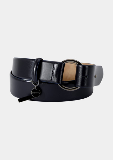 Genuine leather belt with a round buckle from comma