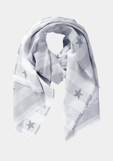 Kuscheliger Strickschal mit Sternchenmuster