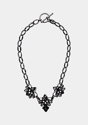 Halskette mit Anhängern