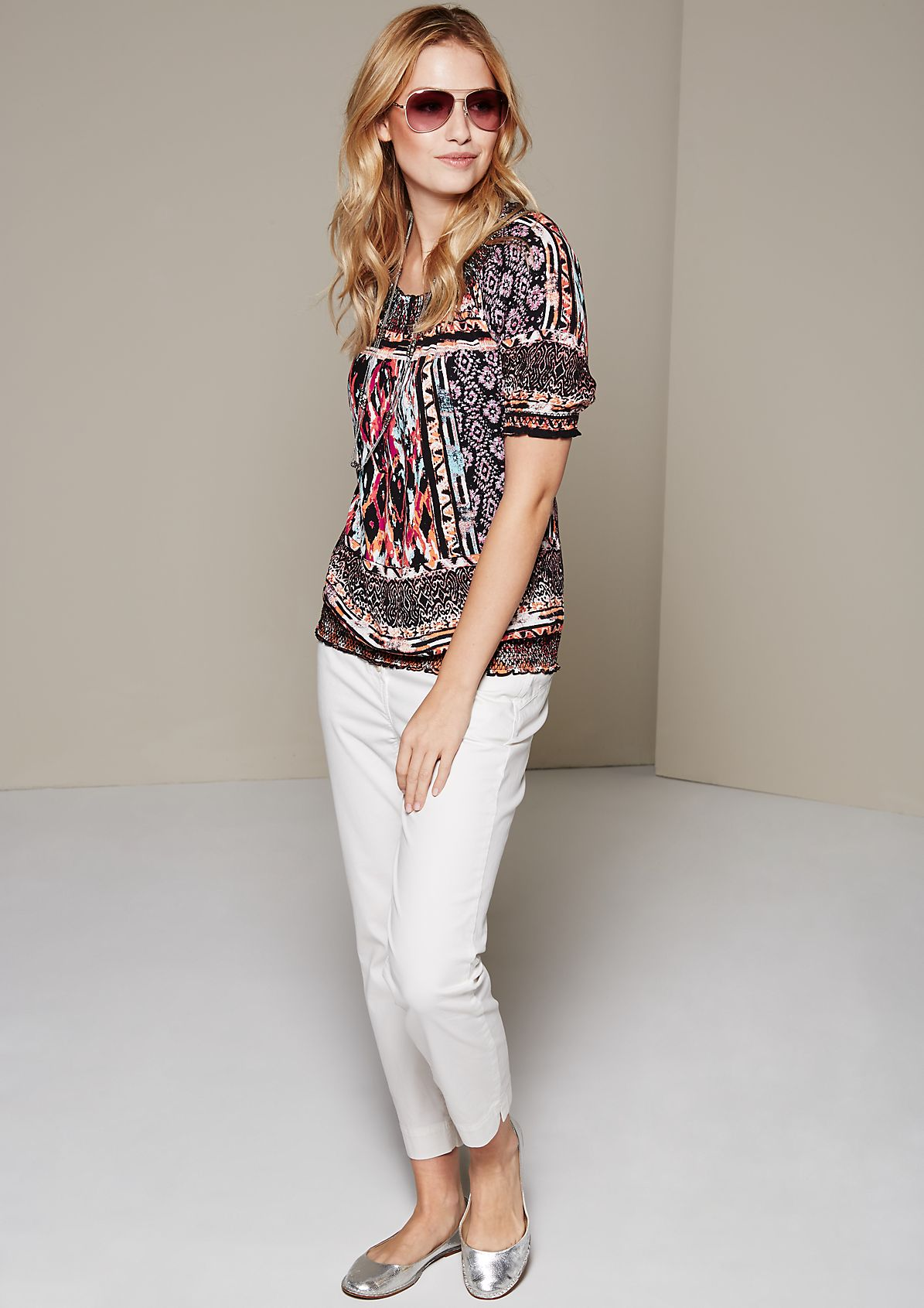 Feminine short sleeve crêpe blouse with a decorative all-over pattern from s.Oliver