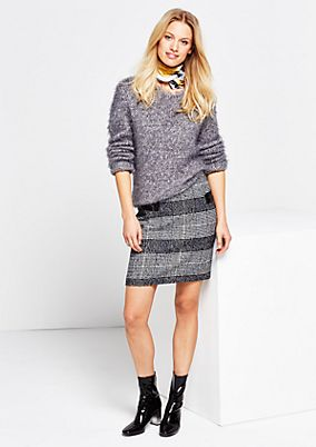 Elegant mini skirt in a sophisticated checked finish from s.Oliver