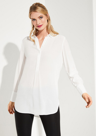 Delicate business blouse with fine details from comma