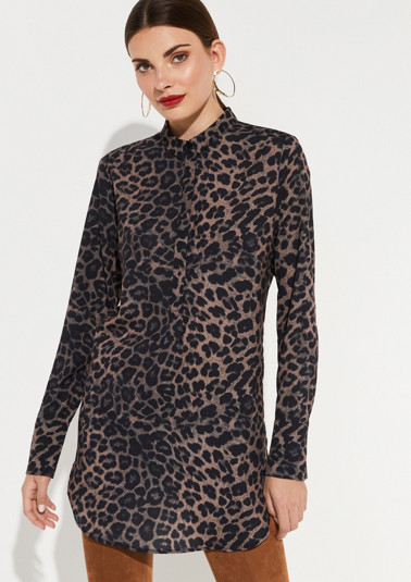 Chiffonbluse mit Leoparden-Alloverprint