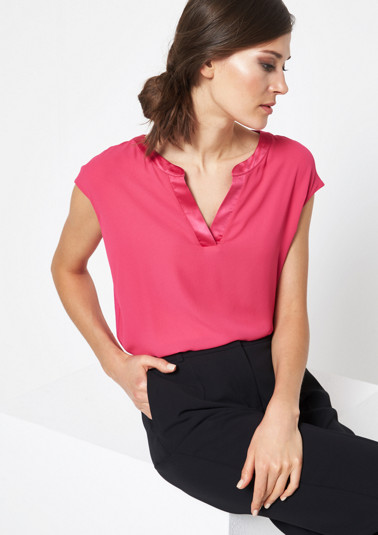 Lightweight top in a fabric blend from comma
