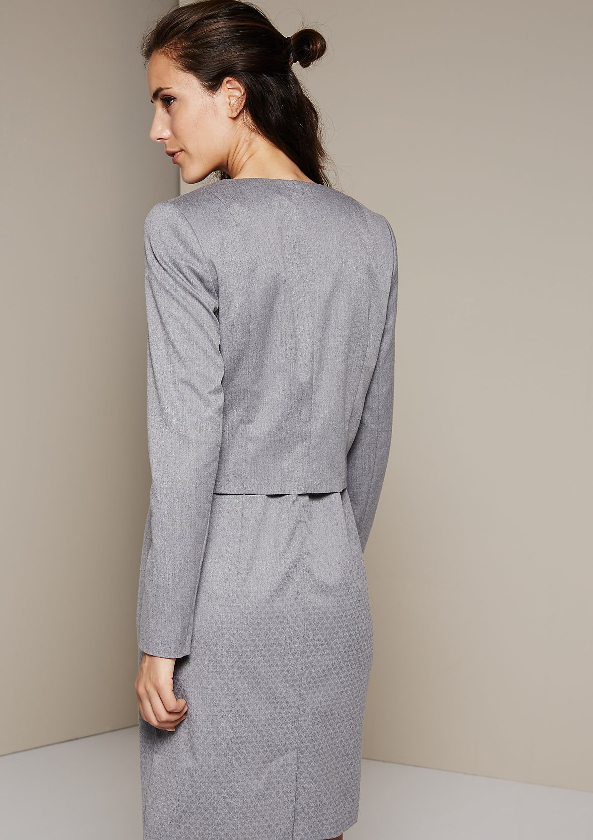 Beautiful short blazer in a minimalist design from s.Oliver