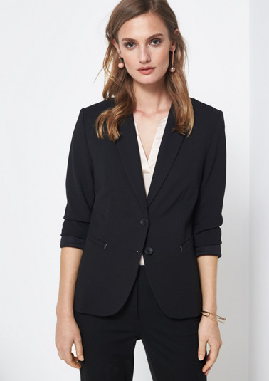 Elegant business blazer with fine details from comma