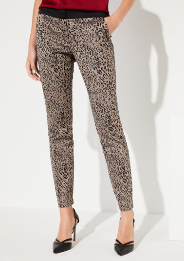 Satin trousers with an exciting leopard pattern from comma