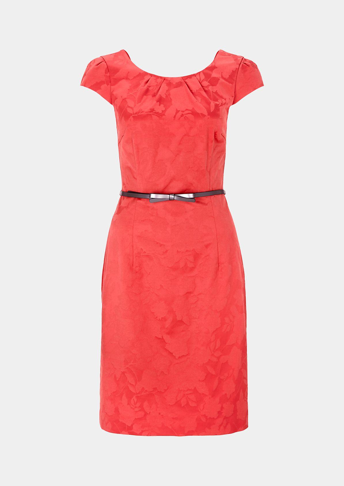 Extravagantes Jacquardkleid mit schönen Details