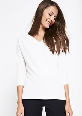 Lightweight top with 3/4-length sleeves and a wide trim from comma