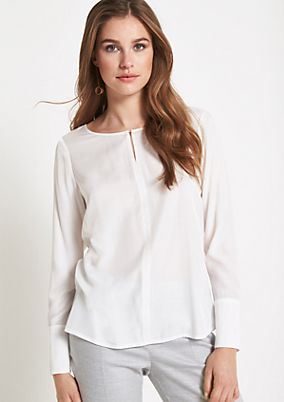 Business blouse with fine details from comma