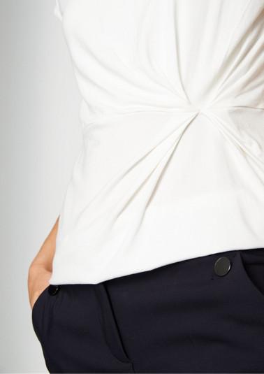 Jersey-Kurzarmshirt mit feinen Raffungen
