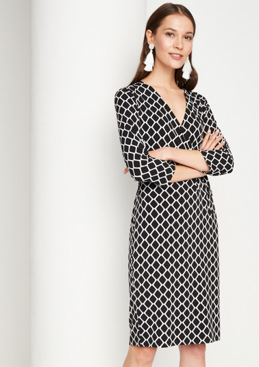 Casual dress with a geometric all-over pattern and 3/4-length sleeves from comma