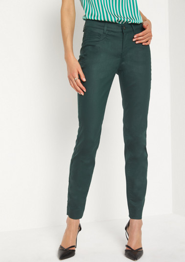 Lightweight jeans with a subtle sheen from comma