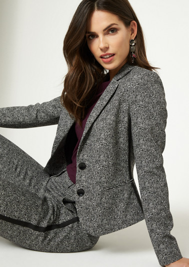 Elegant business blazer in a salt & pepper look from comma