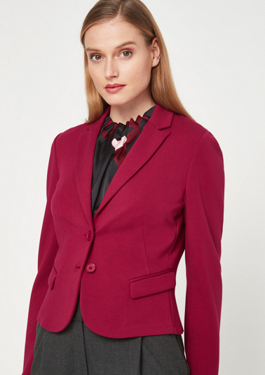 Elegant short blazer with exciting details from comma