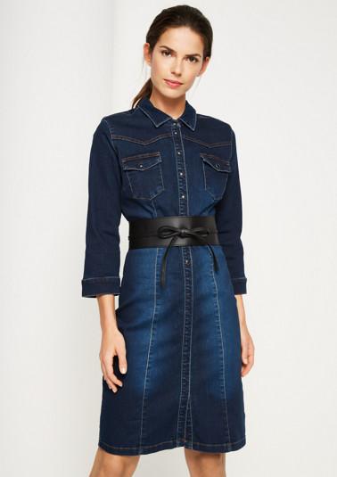 Robe en jean sportive à large ceinture à nouer de Comma