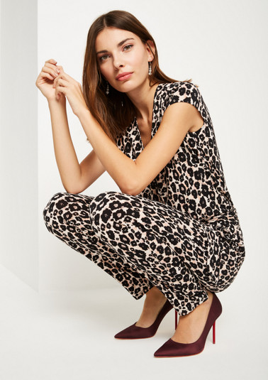 Jersey jumpsuit in a trendy leopard look from comma