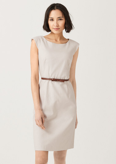 Dress with a thin belt from comma