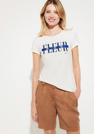 Jerseyshirt mit glitzernden Schmucksteinverzierungen