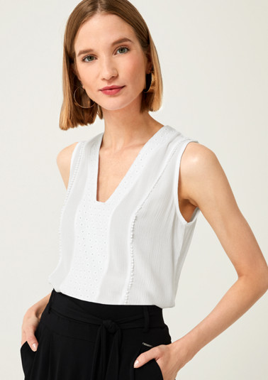 Top with decorative lace from comma