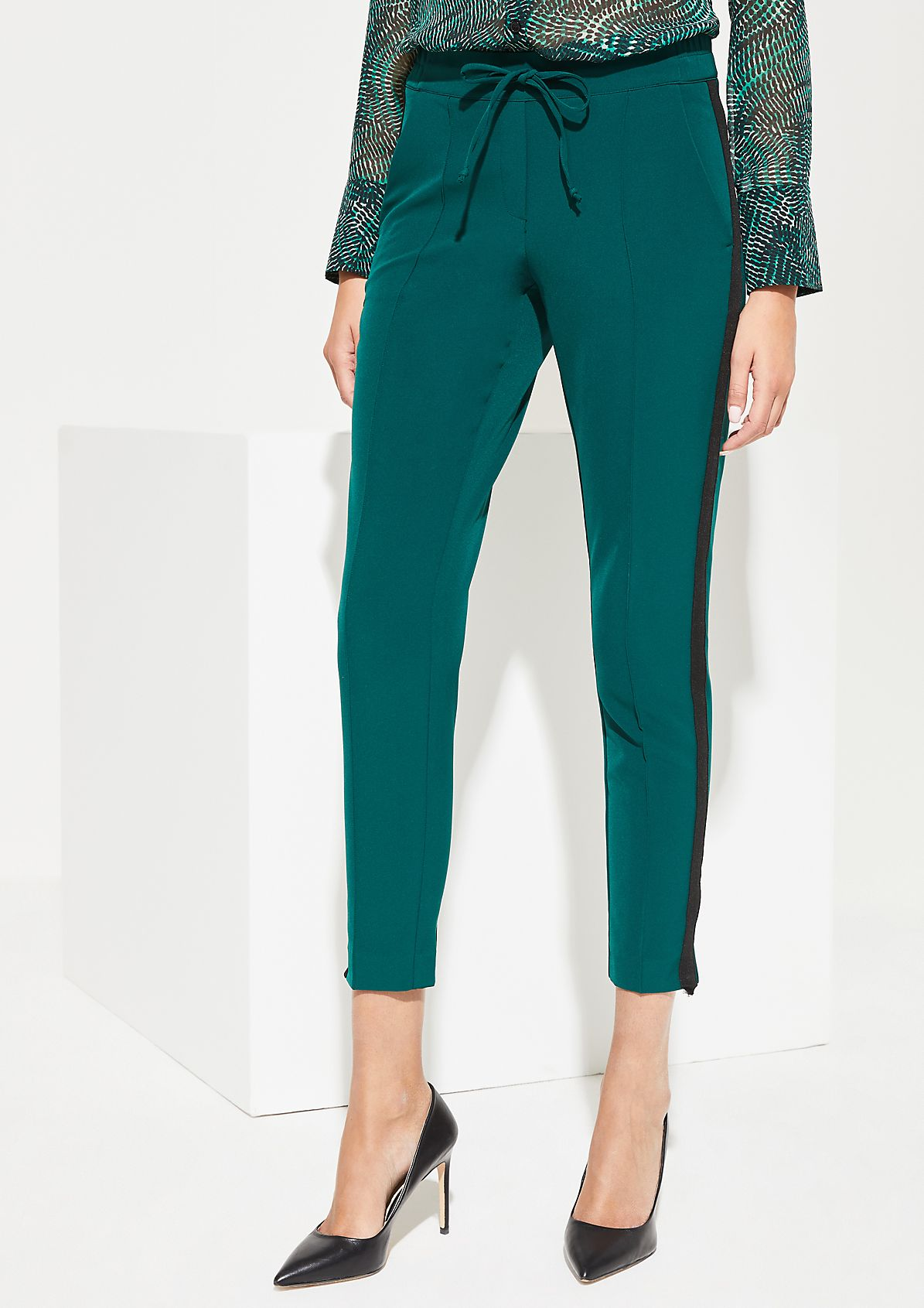 Elegant trousers with tonal side stripes from comma