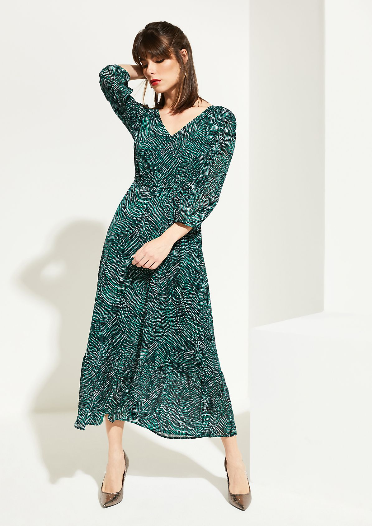 Delicate chiffon dress with 3/4-length sleeves from comma
