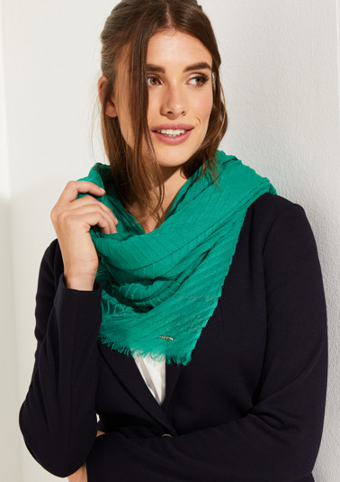 Pleated scarf with sparkly stripes from comma