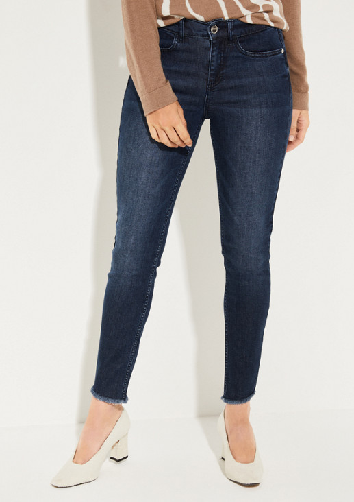 Jeans in a subtle vintage look from comma
