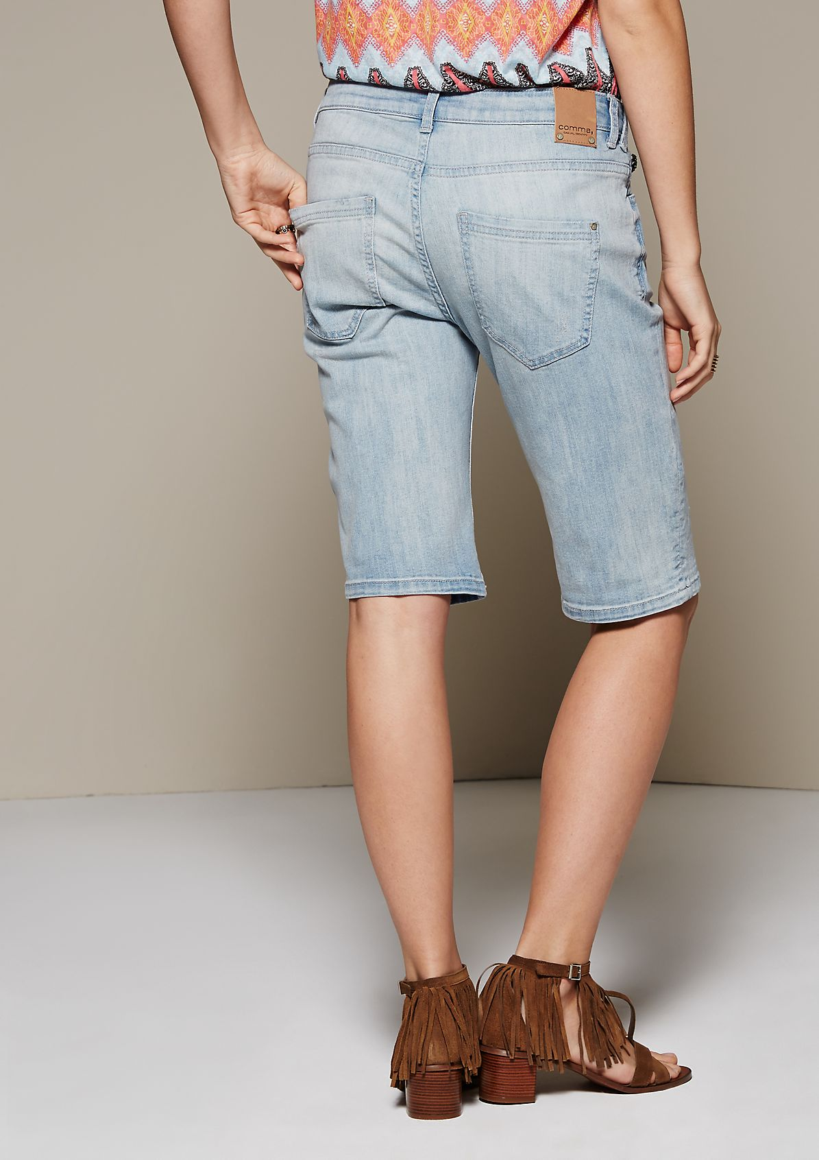 Relaxed denim Bermudas with a vintage wash from s.Oliver
